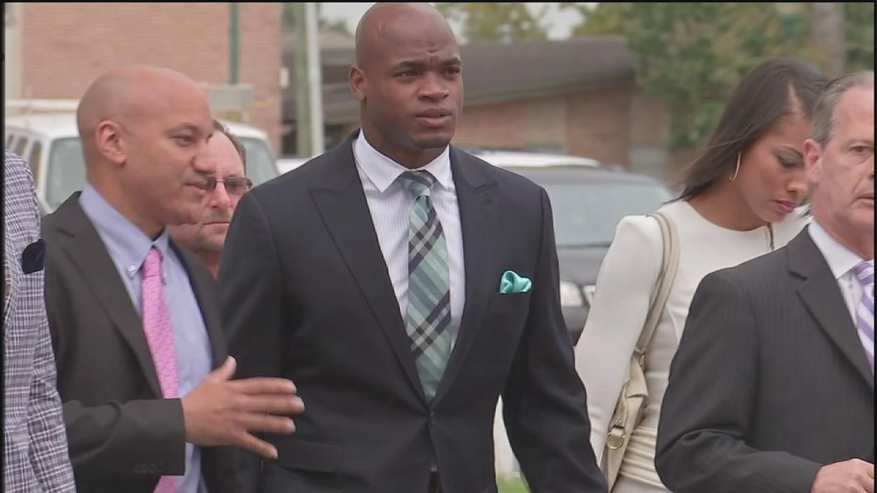 Adrian Peterson avoids jail time