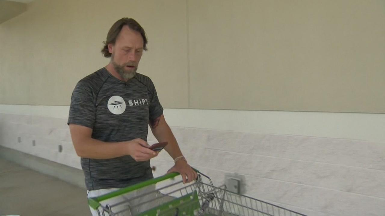 Teacher doubles salary by becoming personal shopper