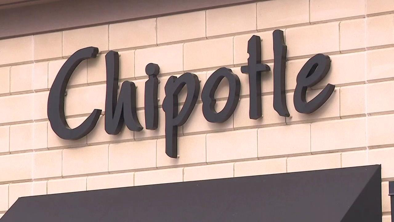 More than 100 Chipotle customers sickened in Ohio