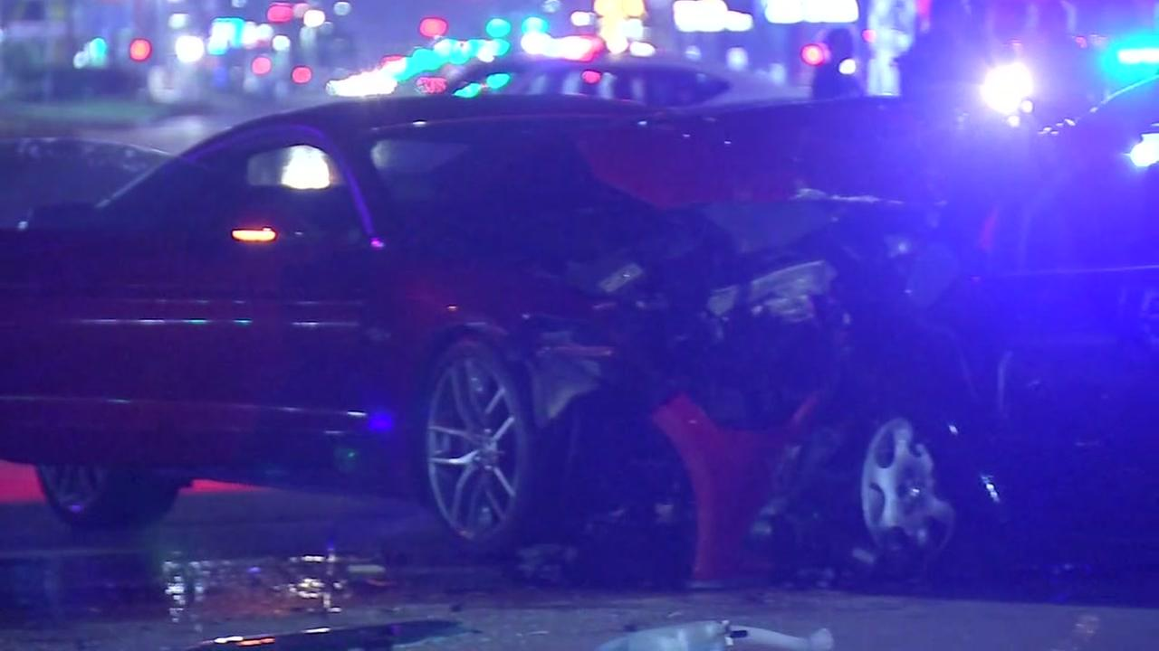 Woman killed in south Houston car crash