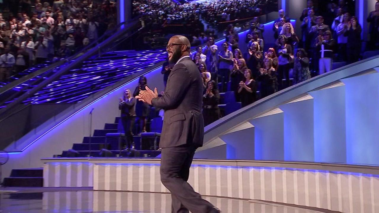 Actor Tyler Perry shares inspiring story of faith at Lakewood Church