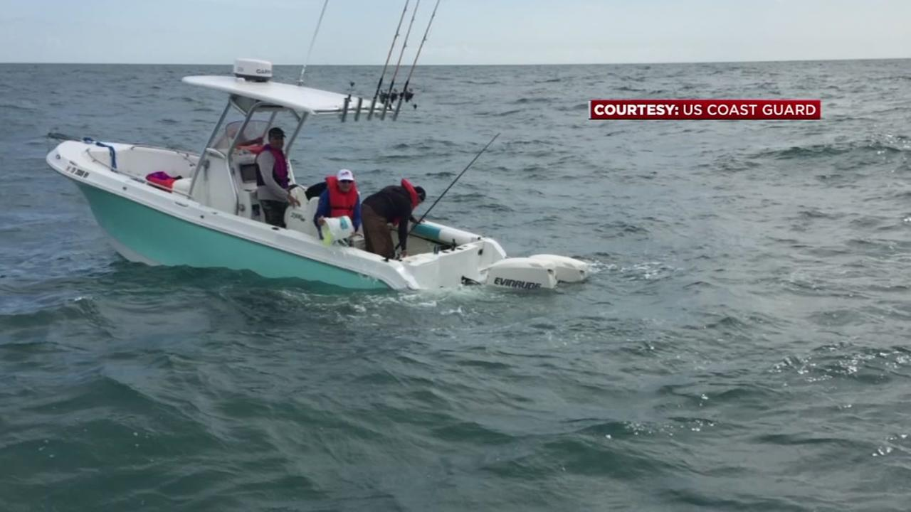 4 rescued from sinking boat near Freeport