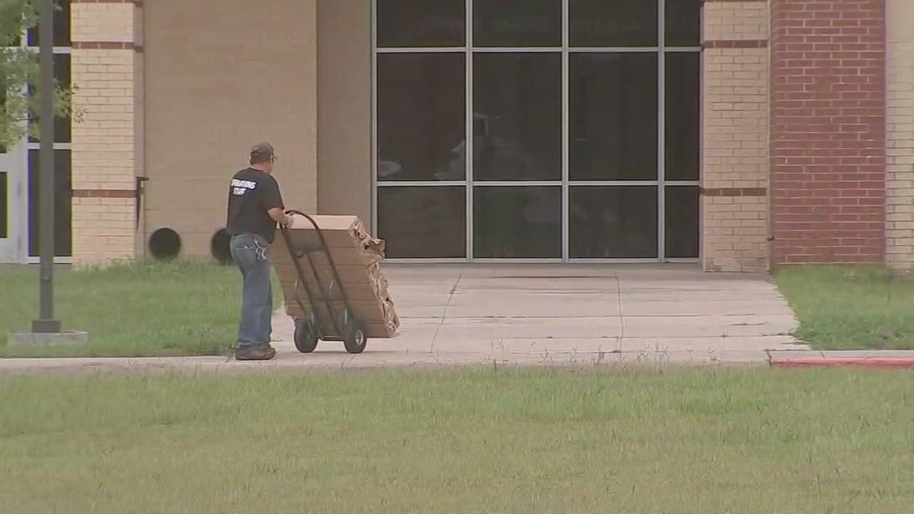 Metal detectors arrive at Santa Fe High School