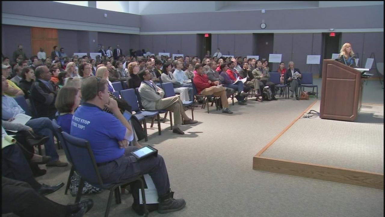 Plan to phase out FBISDs academies draws criticism