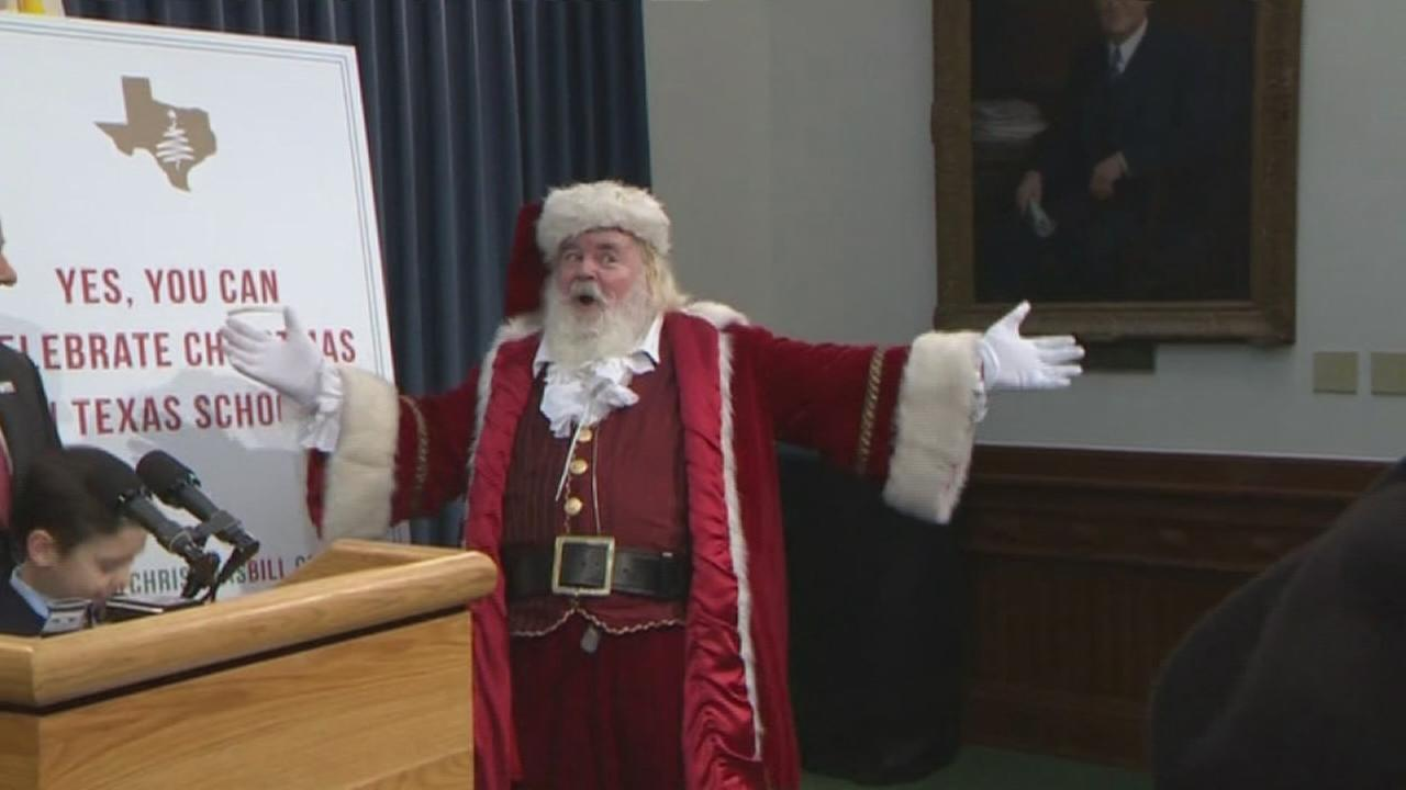 Lawmakers: Its OK to say Merry Christmas now