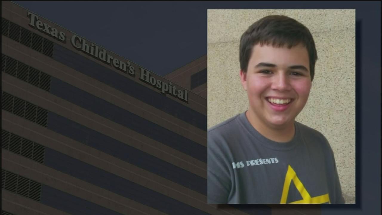 Kingwood HS student dies from meningitis