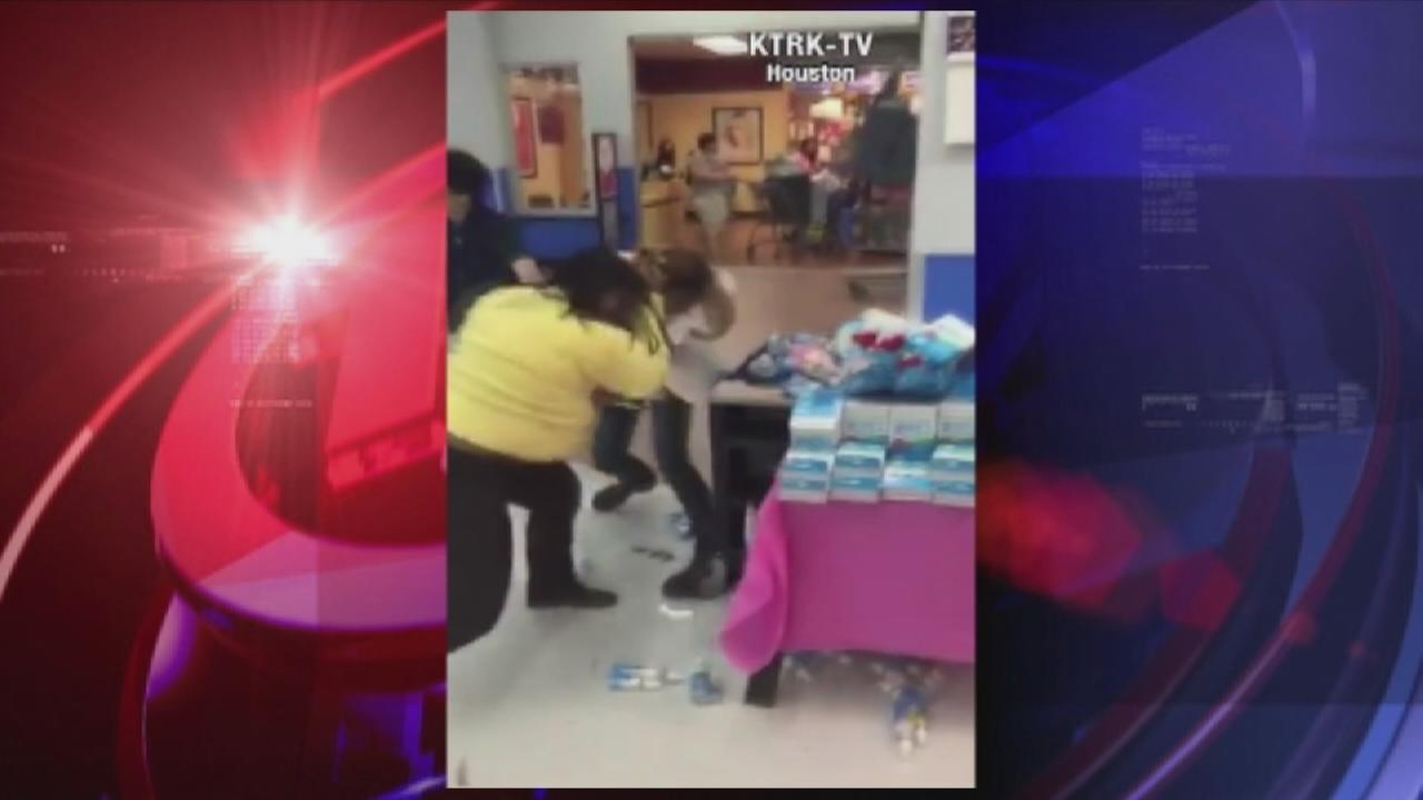 Walmart fight caught on camera