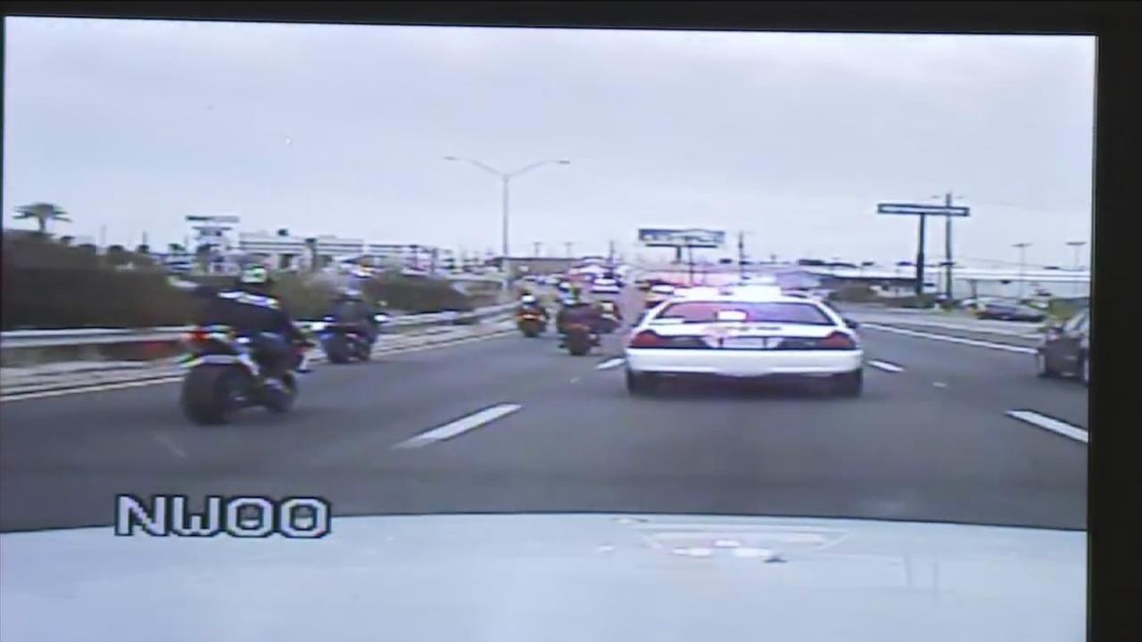 Police chase motorcyclists near Galveston