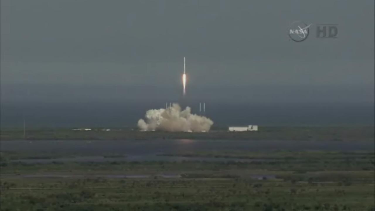 Space X lifts off with groceries for ISS