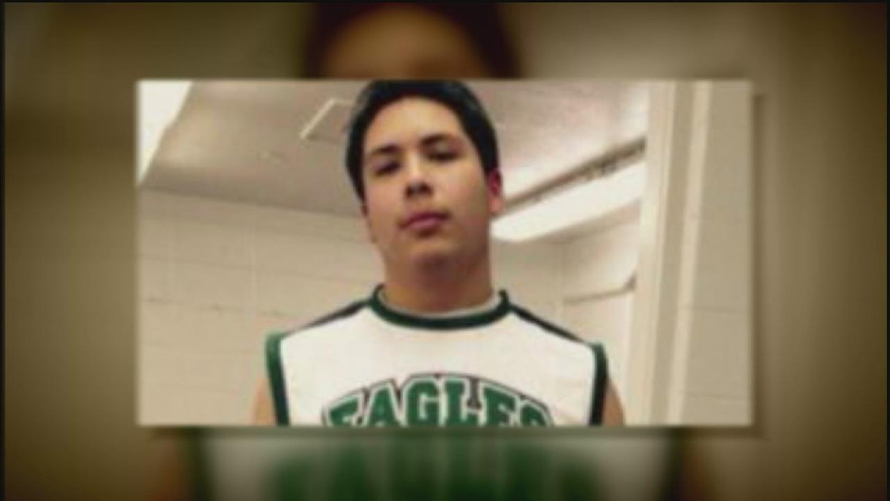Pasadena HS student dies after collapsing on campus