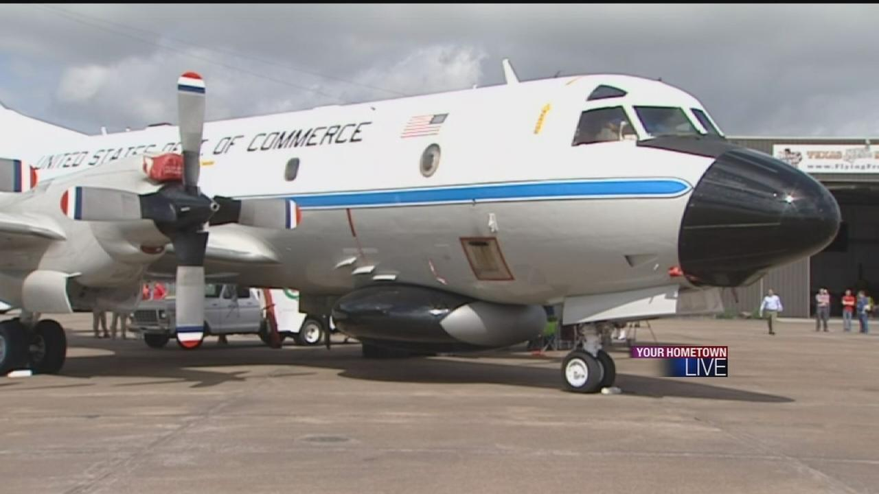 Inside a Hurricane Hunter plane