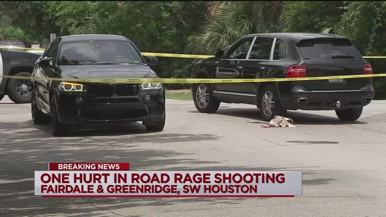 Police: Possible road rage shooting in SW Houston