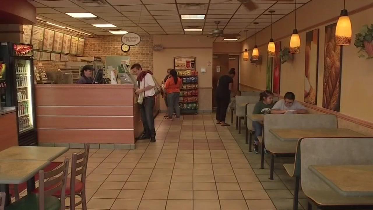 Robbers Targeting Fast Food Restaurants Across Houston Area Abc13com