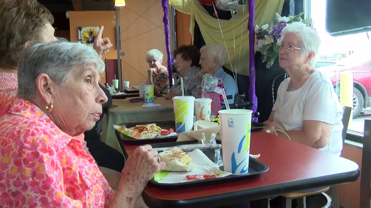 Woman rings in 101st birthday at Taco Bell