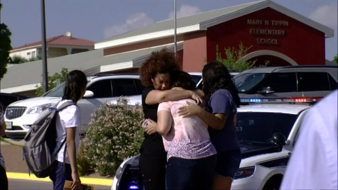 Mom dies saving her children during crash at school
