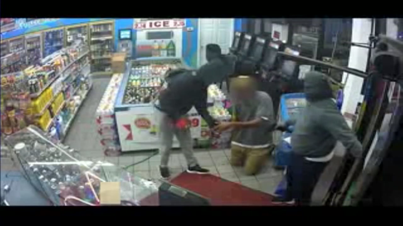 3 men seen robbing customers and NE Houston Exxon