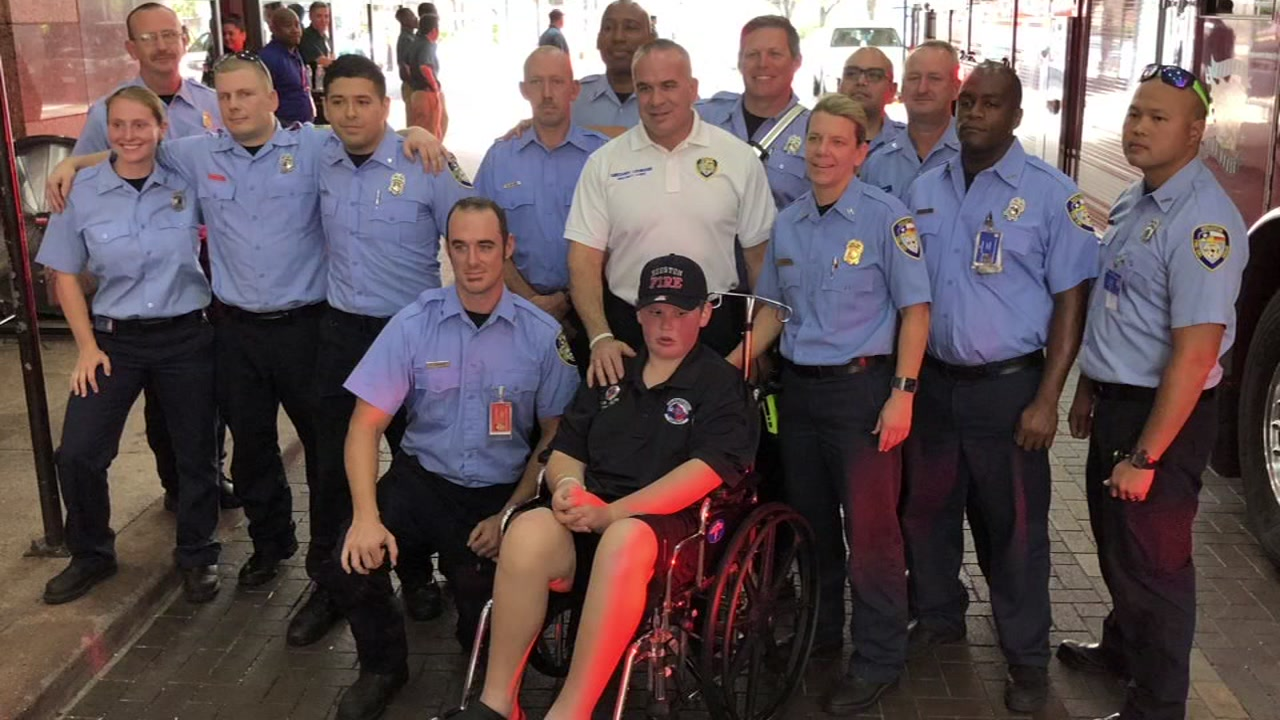 ABC13s Steve Campion rides along with a 14-year-old who fulfilled his dream of becoming a firefighter.