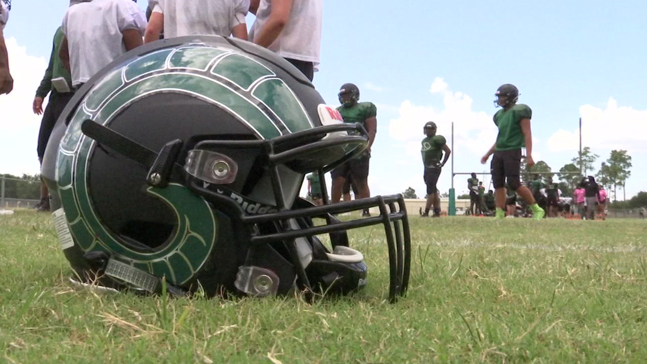 Eyewitness Sports Bob Slovak is on the field with the Mayde Creek Rams as they hope to end a decade-long playoff drought.