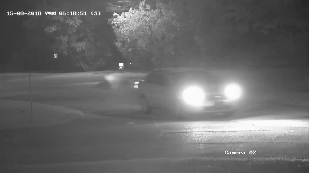 Bayton detectives release video of suspects vehicle
