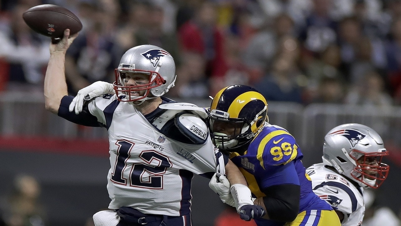 New England Patriots beat Los Angles Rams 13-3 to win Super Bowl LIII