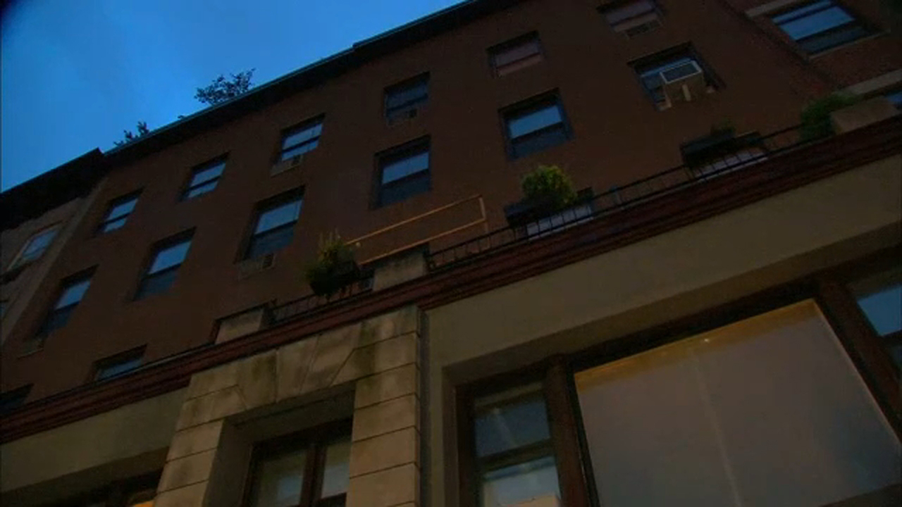 NYPD: Man sneaks into woman's Manhattan apartment, rapes her