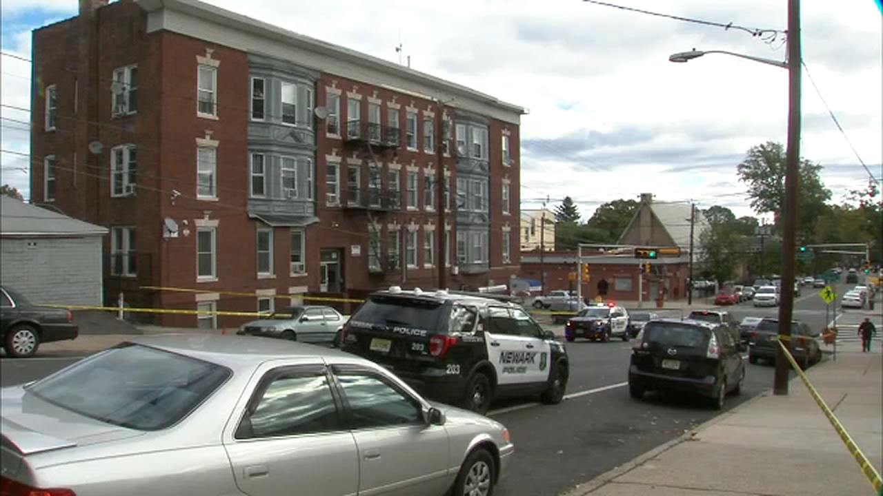 Police investigating deaths of 2 men in Newark