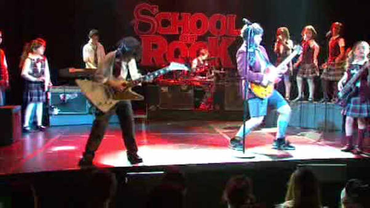 School Of Rock Moves From The Big Screen To Broadway Abc7nycom