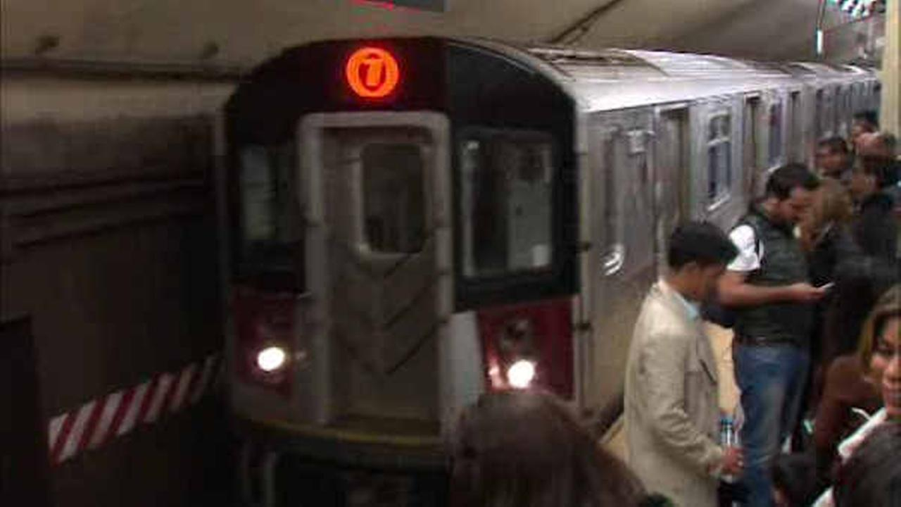 MTA running extra service for Mets fans headed to Citi Field for the NLCS