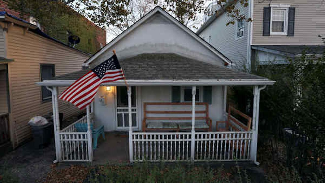 The home where Bruce Springsteen has said he wrote the album Born to Run is seen Sunday, Oct. 18, 2015, in Long Branch