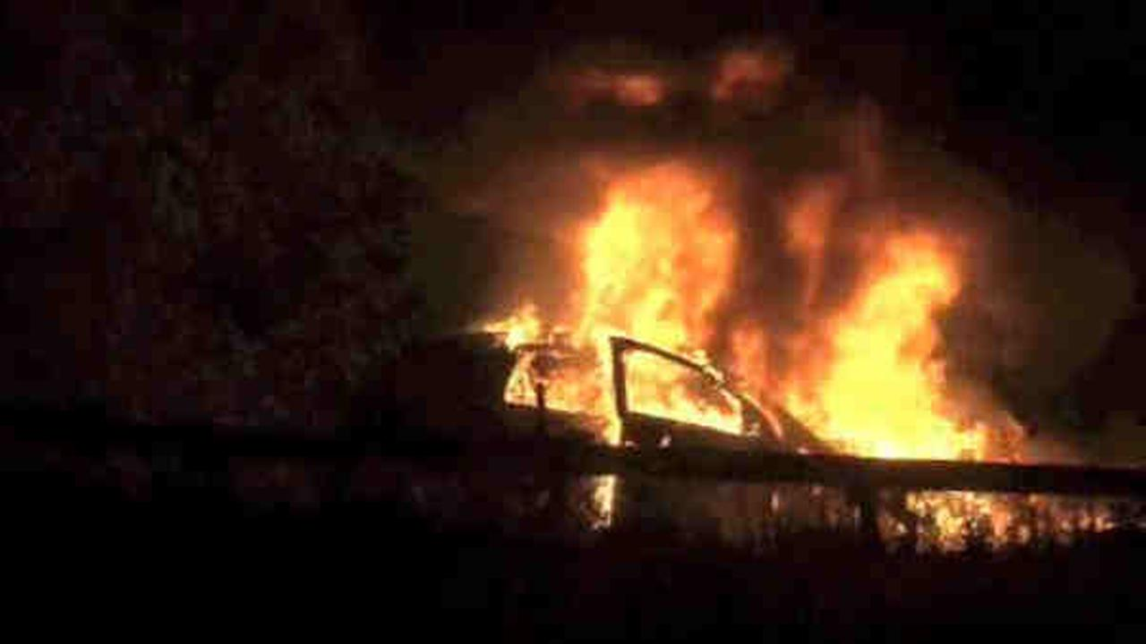 Good Samaritan rescues man before car bursts into flames on Saw Mill River Parkway in Yonkers