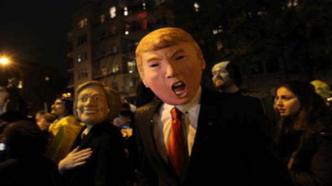 Thousands watch, march in Greenwich Village Halloween Parade