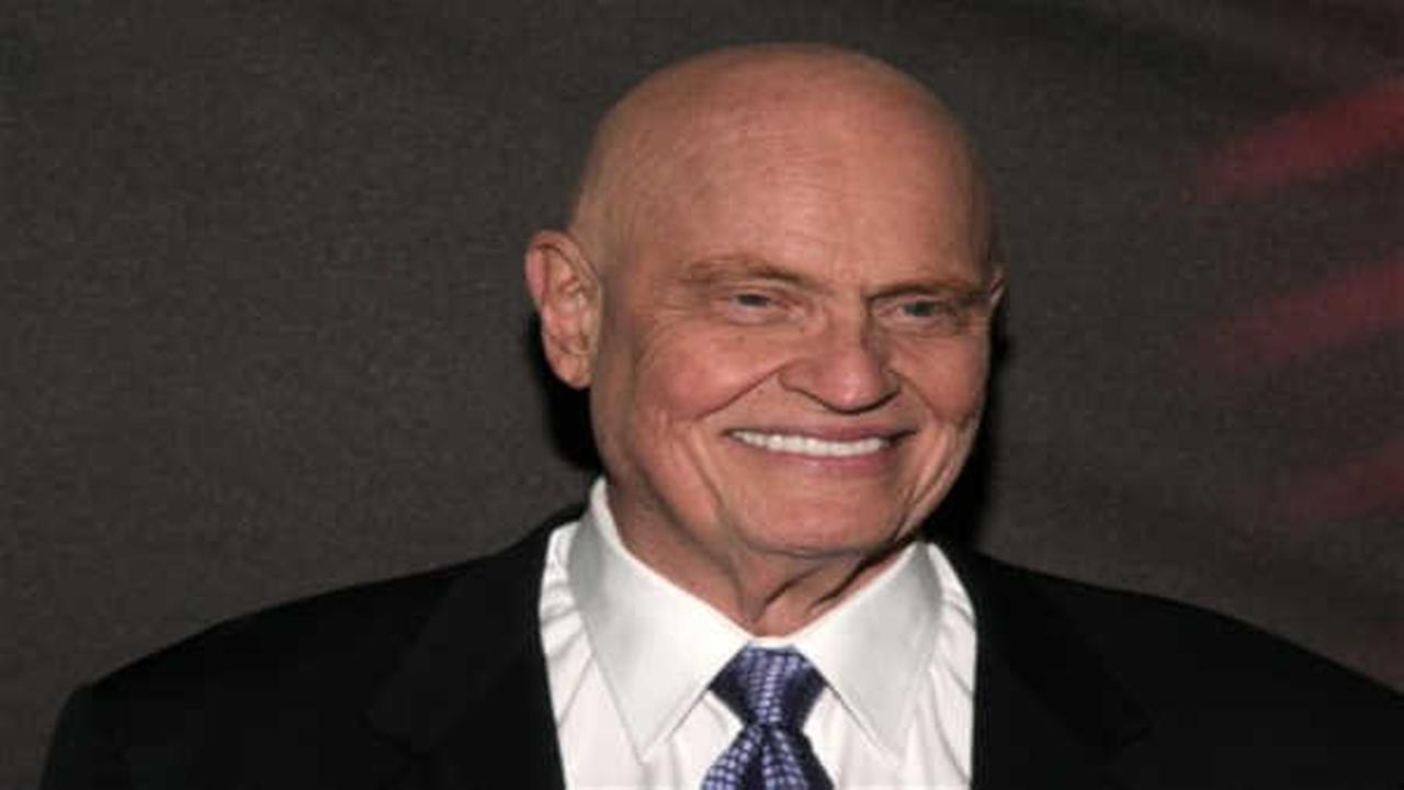Fred Thompson, former US senator, actor, dies at 73