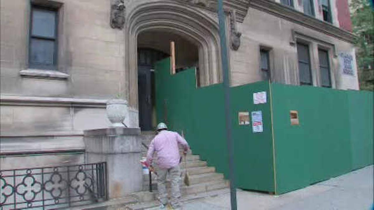 2 hurt in ceiling collapse at school under renovation on Upper West Side