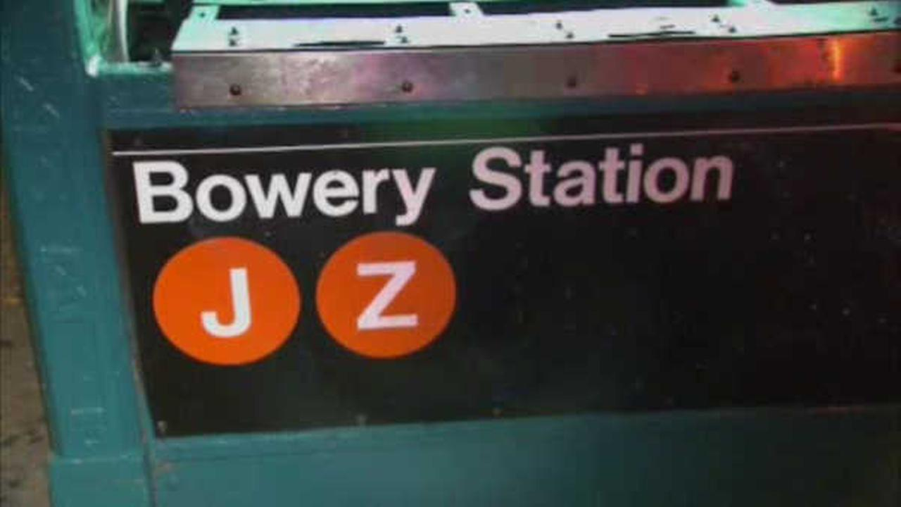 Man killed by subway after standing too close to edge of platform in Lower Manhattan