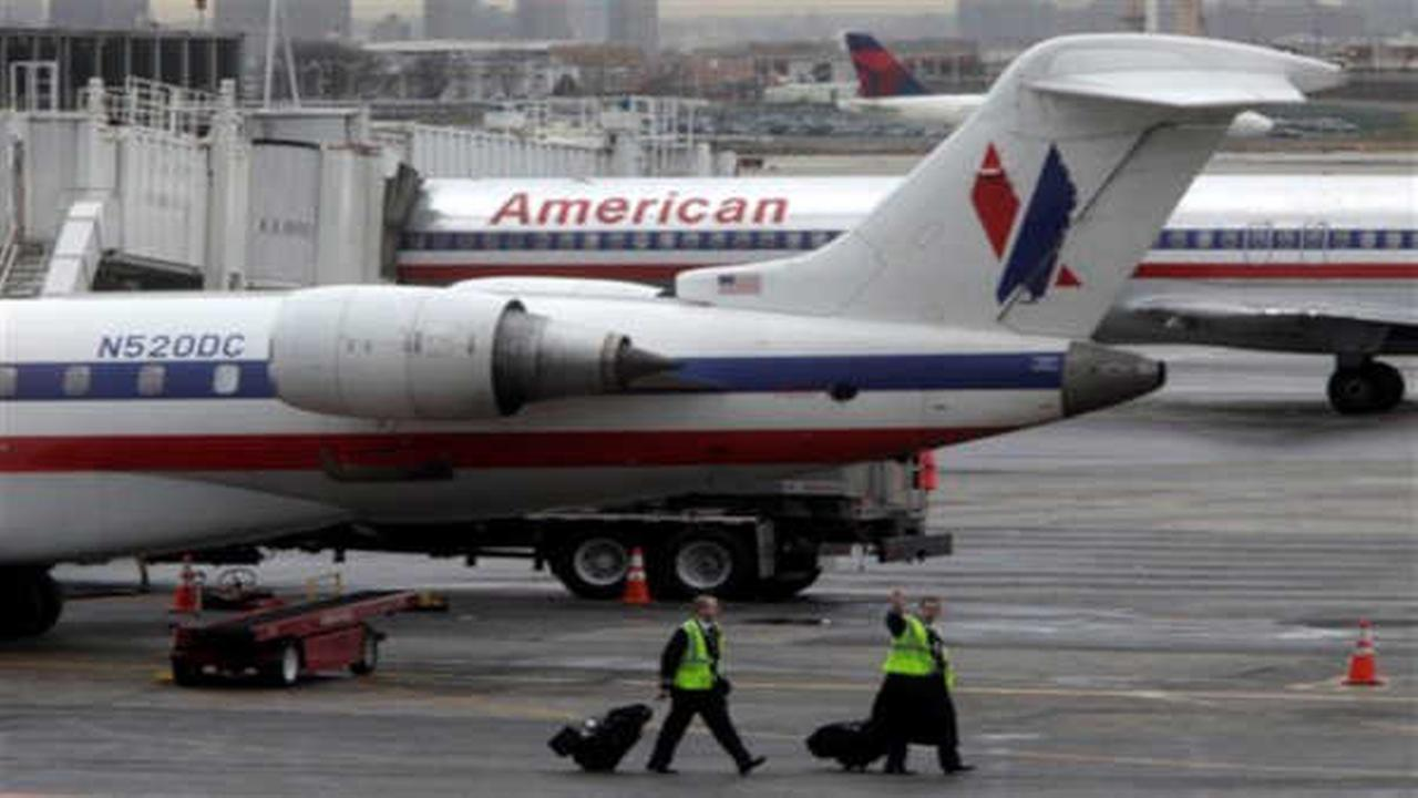 Communication glitch causing major delays at New York area airports