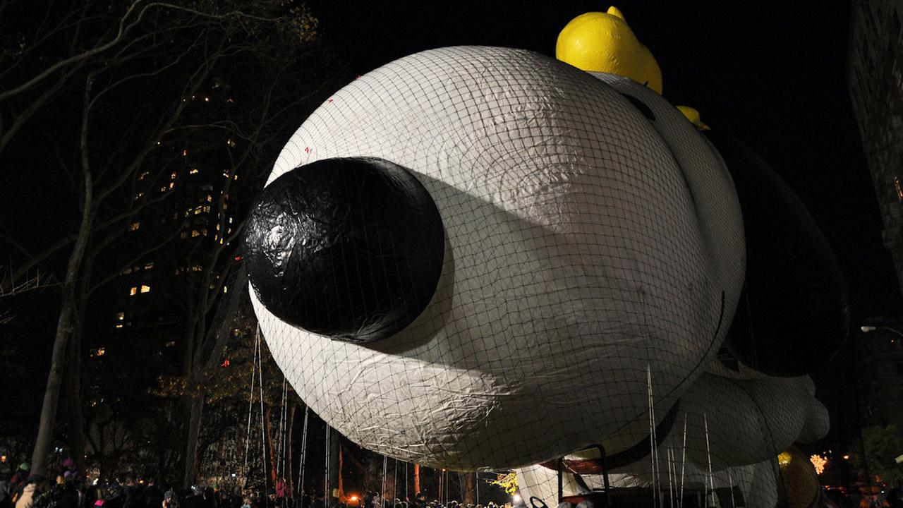 Thousands of people crowded the streets to witness how these balloons get off the ground.