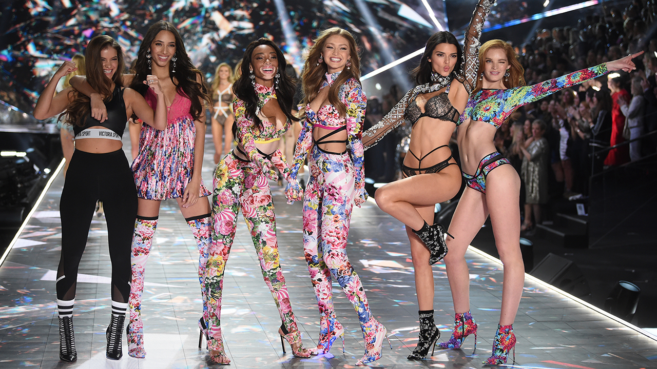 Barbara Palvin, from left, Yasmin Wijnaldum, Winnie Harlow, Gigi Hadid, Kendall Jenner and Alexina Graham walks the runway during the 2018 Victorias Secret Fashion Show.