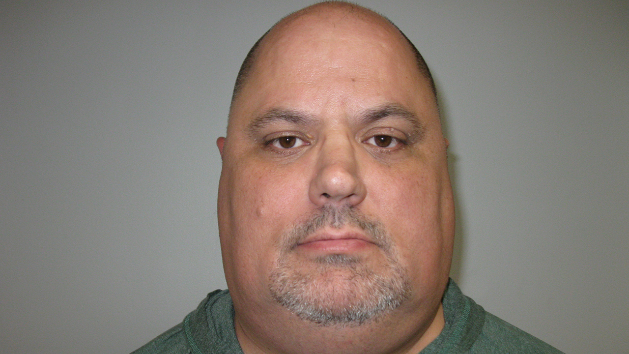 New Jersey T-shirt shop owner accused of sexually assaulting underage customer