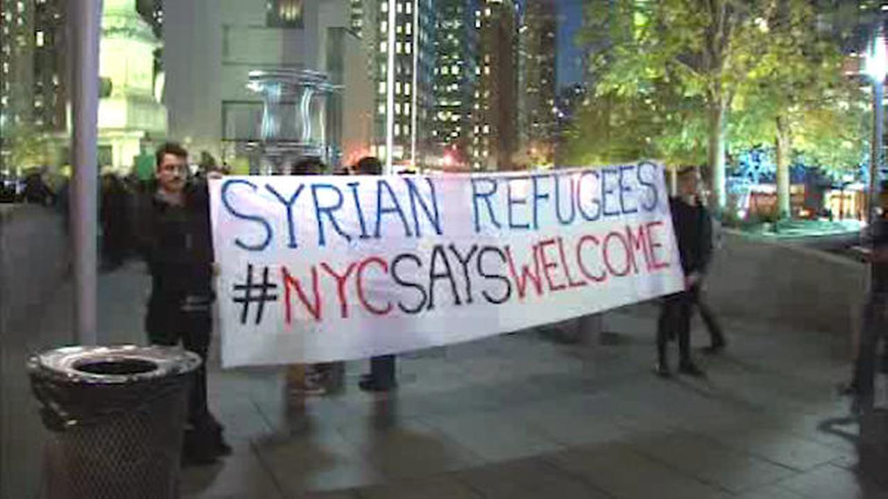 Show of support for refugees in Columbus Circle