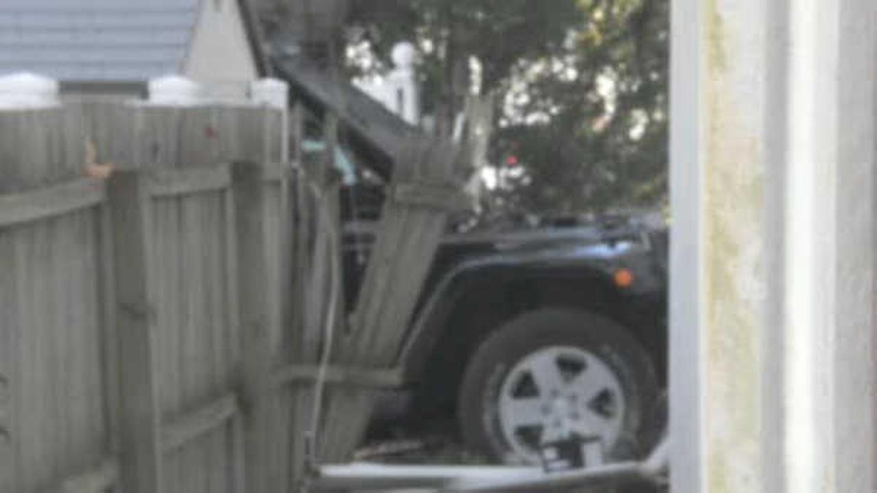 Routine traffic stop ends when SUV crashes into West Islip building
