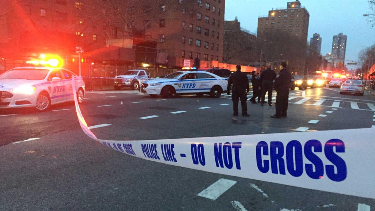 Teen shot by suspect on dirt bike in East Harlem; NYPD investigating