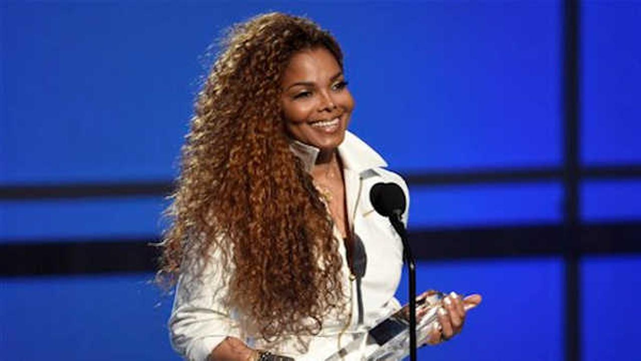 Janet Jackson accepts the ultimate icon: music dance visual award at the BET Awards.  (Photo by Chris Pizzello/Invision/AP)