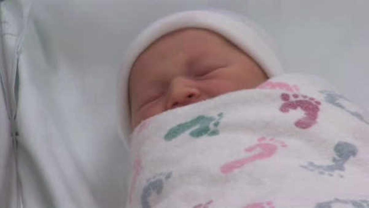 NYC announces most popular baby names for last year; Sophia, Ethan top the list