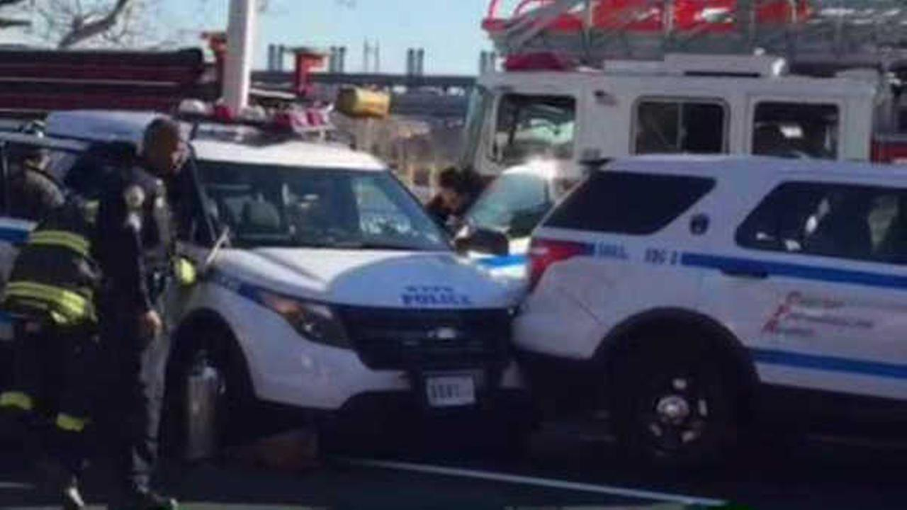 4 Nypd Cars Involved In Chain Reaction Accident On The Fdr Drive