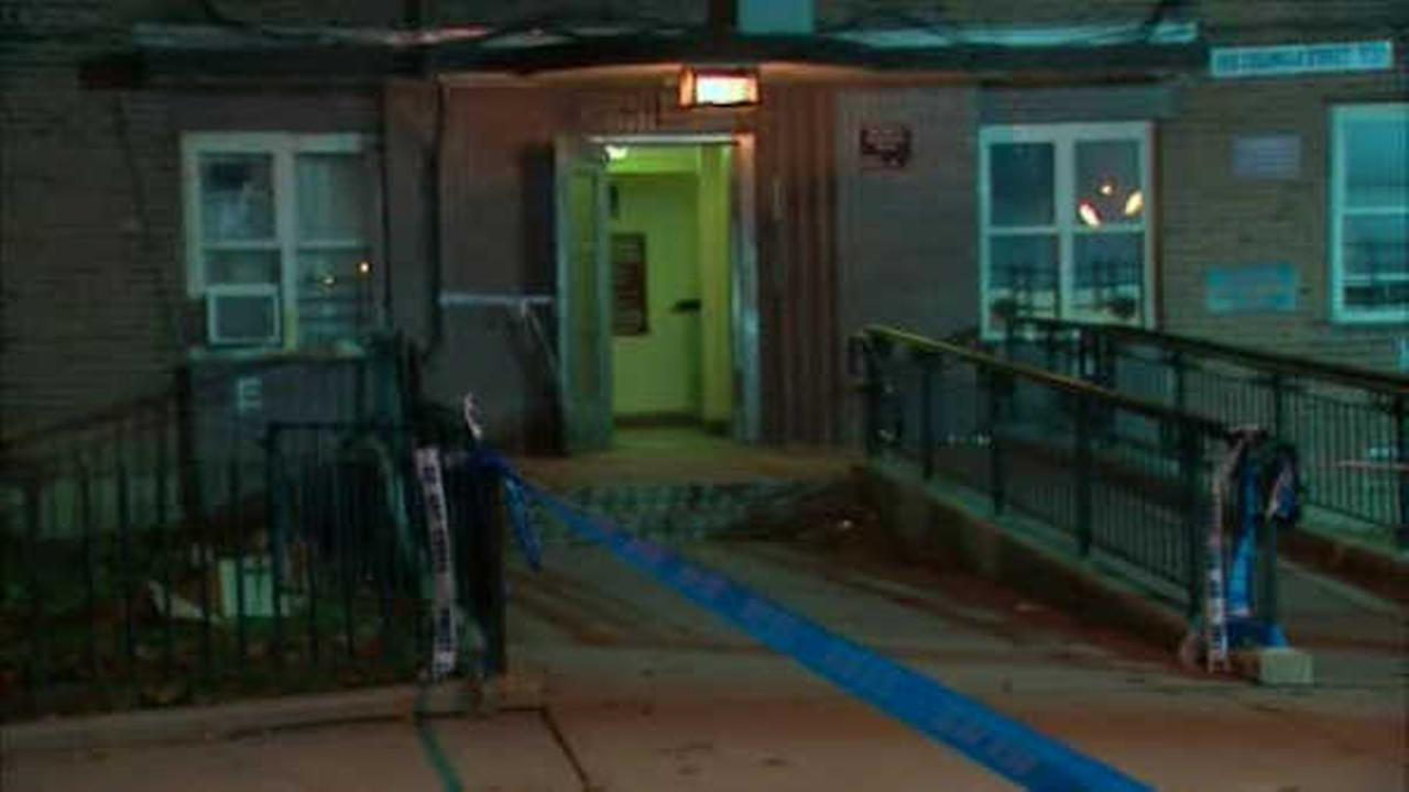 1 dead, 1 wounded after shooting inside Brooklyn housing complex