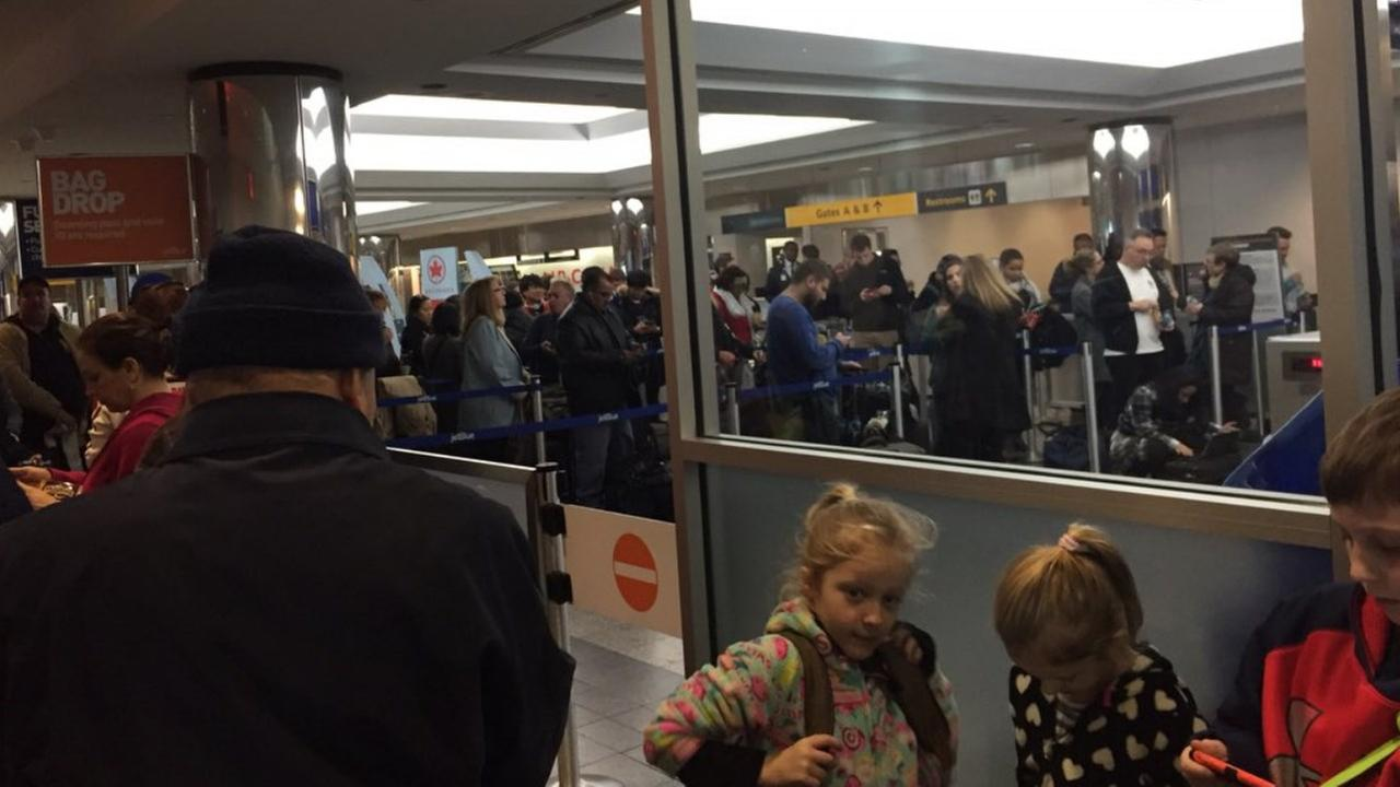 JetBlue's systems back up after data center loses power, causes flight issues