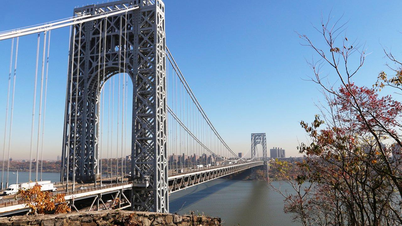 Right place, right time: EMS crew in boat rescues George Washington Bridge jumper