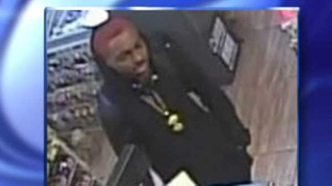 Police arrest subway slashing, robbery suspect with neon red hair