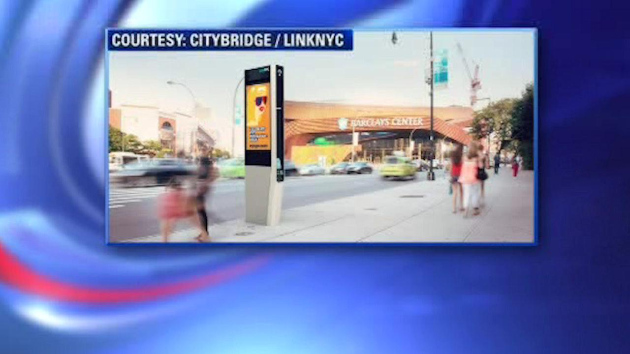LinkNYC replaces city's payphones with free Wi-Fi and phone calls