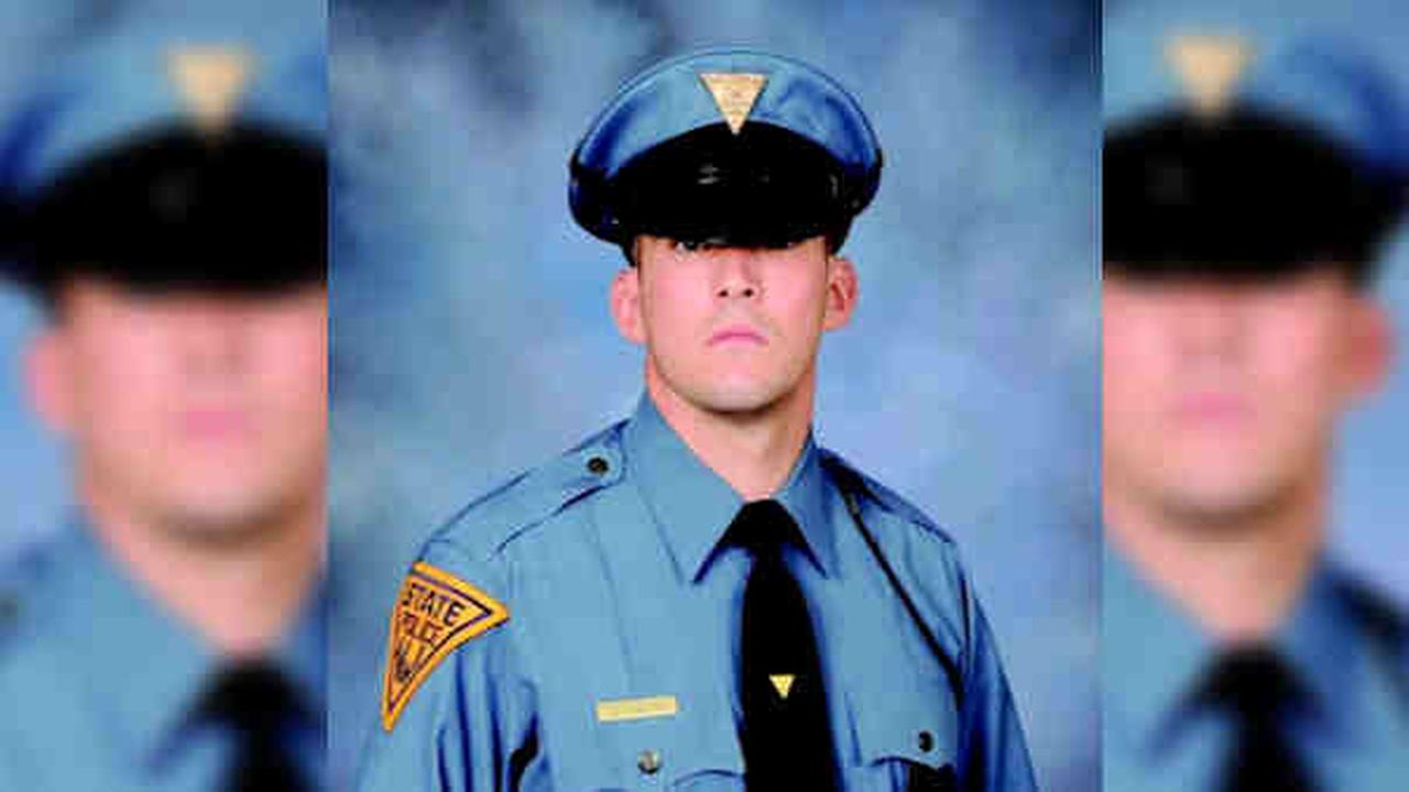 New Jersey state trooper killed while responding to car wreck in Deptford